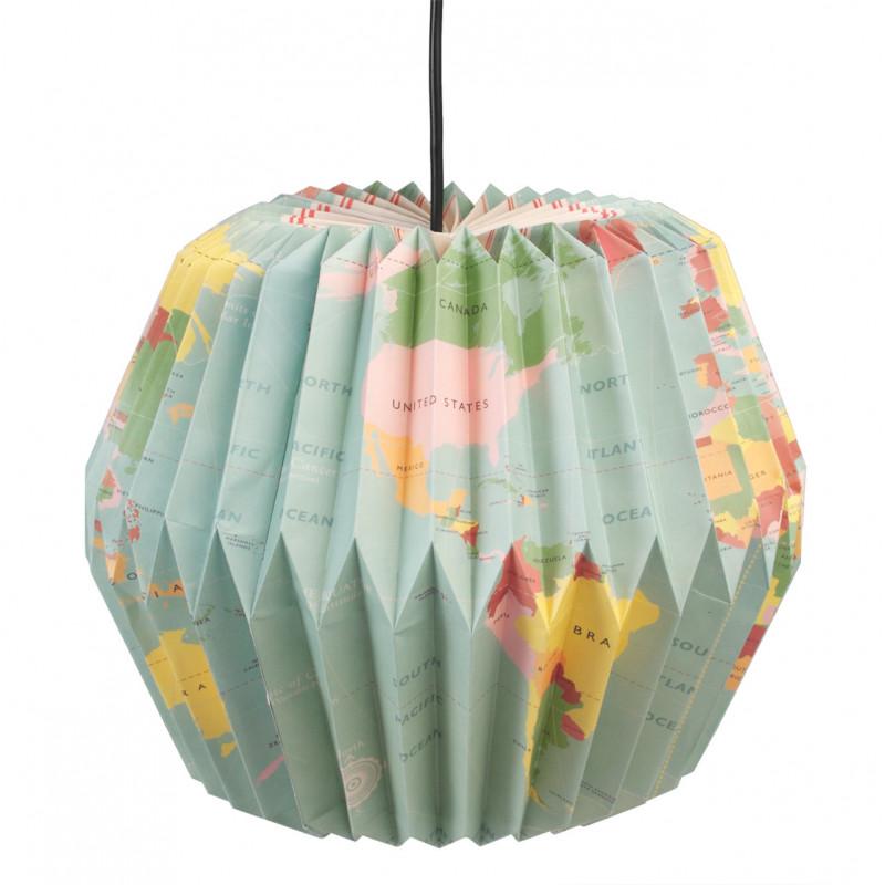 lampa-w-stylu-origami-z-mapą